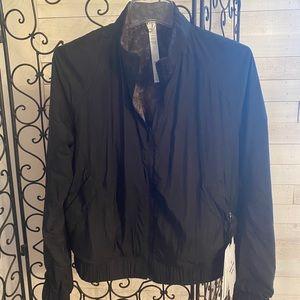 Lululemon bombs away reversible jacket